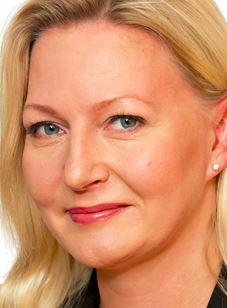 Kuntien eläkevakuutuksen toimitusjohtaja Merja Ailus ei näe omassa toiminnassaan mitään paheksuttavaa. Muut näkevät.