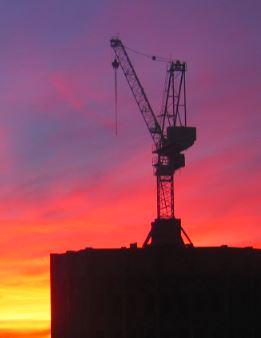 Suomi odottaa investointeja, mutta nopeampi tapa luoda kasvua olisi helpottaa kotitalouksien työllistämismahdollisuuksia.