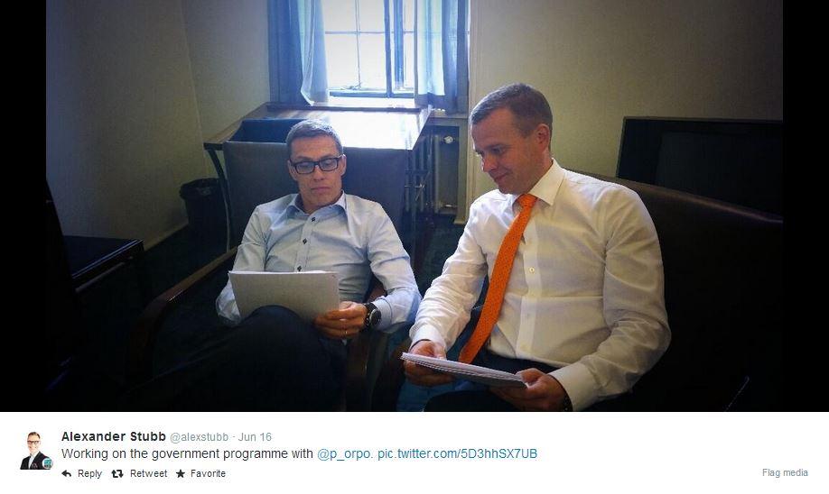 Alex Stubb ja Petteri Orpo juonivat taktiikkaansa hallitusneuvotteluihin. Kuihtuvatko kovat puheet konsensukseen vai pakottaako kokoomus kovilla vaatimuksilla SDP:n ennenaikaisiin vaaleihin?