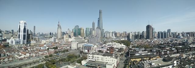 Käydessäni Shanghaissa viimeksi parikymmentä vuotta sitten, keskustaan vasta rakennettiin ensimmäisiä pilvenpiirtäjiä.