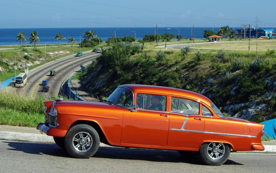 Taksikuskeista ja muista matkailualan yrittäjistä on tulossa Kuuban ensimmäinen vauras keskiluokka.